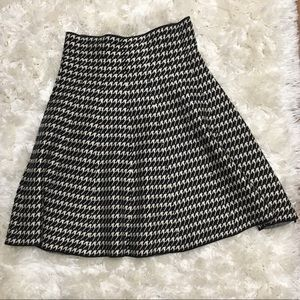 Max Studio Houndstooth Sweater Skirt